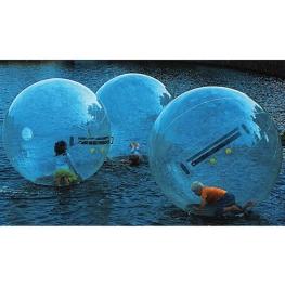 Bola hinchable para andar sobre el agua